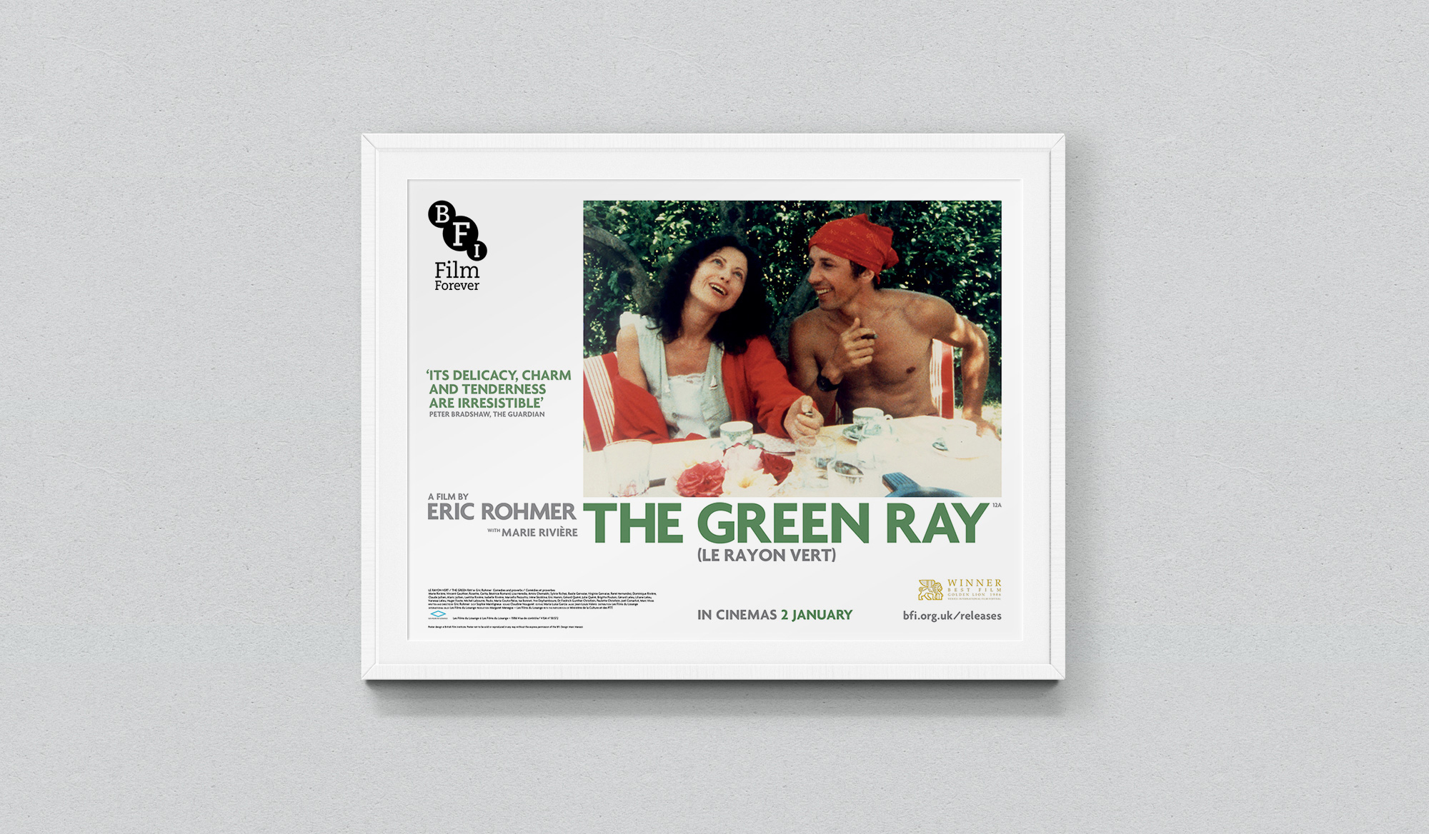 green-ray-posters-quad-background
